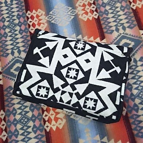 EARLY MORNING 『CONCHO CLUTCH(CONDENSED white&black)』』