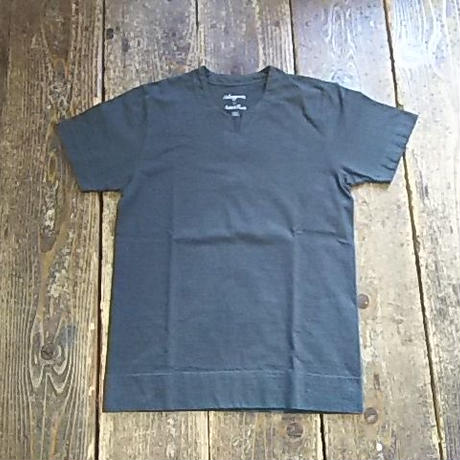 【SALE】 Nasngwam. ×August Roots 『BURKINA TEE(black&old black)』