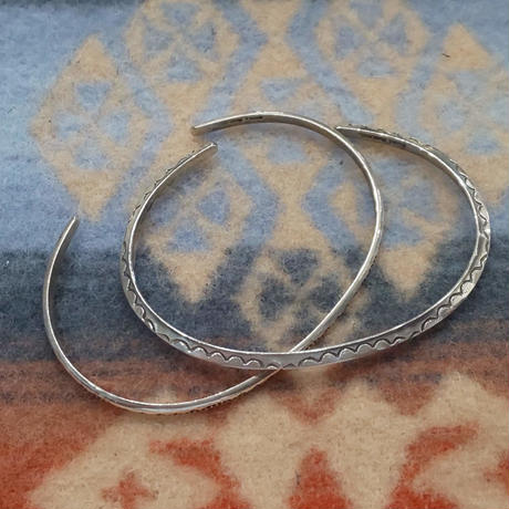 (再入荷) NAVAJO 『925SILVER NARROW BANGLE(TRIANGLE)』