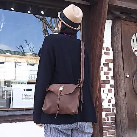 EARLY MORNING 『SHOULDER BAG (DEER) Sサイズ (BROWN)』