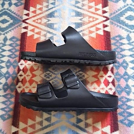 (再入荷) BIRKENSTOCK 『ARIZONA EVA (BLACK)』