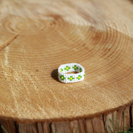 Small flowers ring GREEN