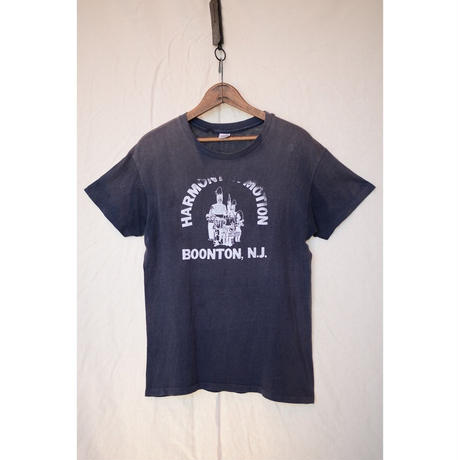 "HANES 70'S ""HARMONY IN MOTION BOONTON N.J."" Tシャツ"