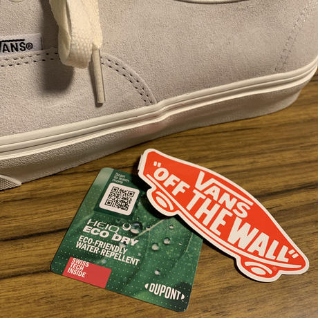 VANS AUTHENTIC WHITE SUEDE by HEIQ