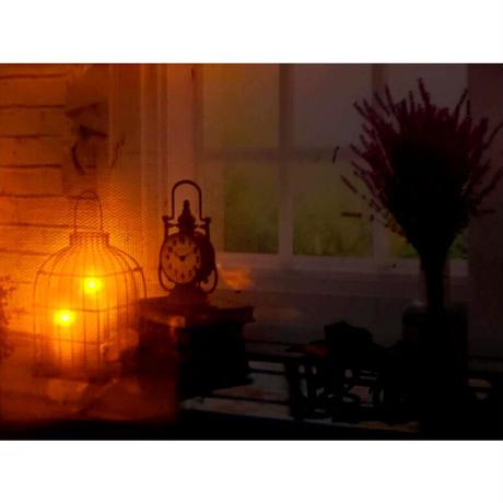 【絵の中のキャンドルが本当に光る】LEDアートフレーム/ウインドウ【お部屋のインテリアも同じように統一したら素敵ですね♪】