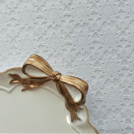 【アンティーク調、姫系、母の日、新生活】フレンチリボン[オーバルトレー]WHITE