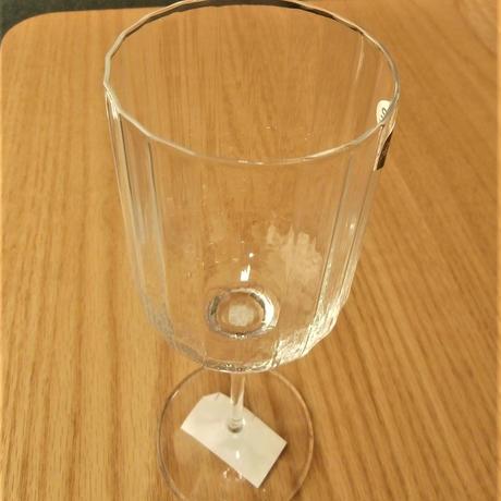 【注いだワインがキラキラ光る】レッドワイングラス【ガラスのカット技術に注目!】
