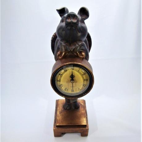 【幸せを運ぶブタさん】ファンシーピッグクロック【時計、置物、新生活、母の日、アンティーク】