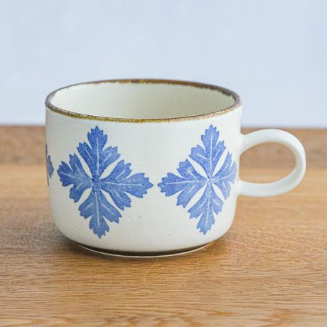 かとうようこ 陶作品「マグカップ・よもぎ」