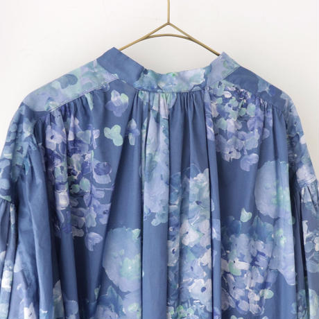 the last flower of the afternoon ザ ラスト フラワー オブ ジ アフタヌーン | 四葩のgown dress | アジサイブルー