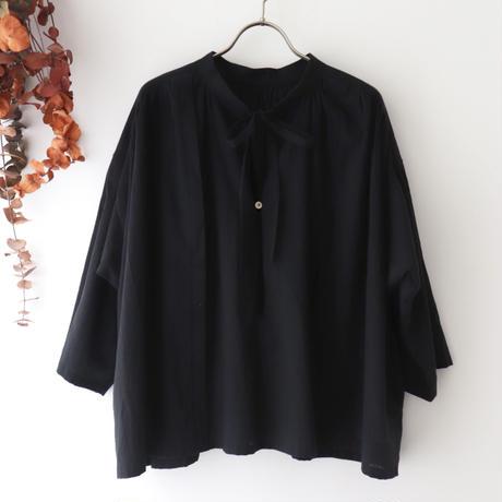 the last flower of the afternoon ザ ラスト フラワー オブ ジ アフタヌーン | 追懐のsmock blouse | ブラック