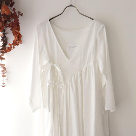 the last flower of the afternoon ザ ラスト フラワー オブ ジ アフタヌーン | 追懐のcache-coeur dress | ホワイト