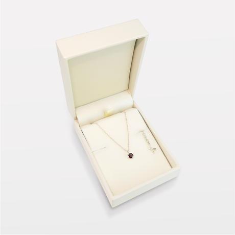 1月誕生石 ガーネットの一粒ネックレス