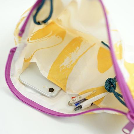 【MIKAMI】ナイロン サコッシュ Z110  ホワイト&ゴールド