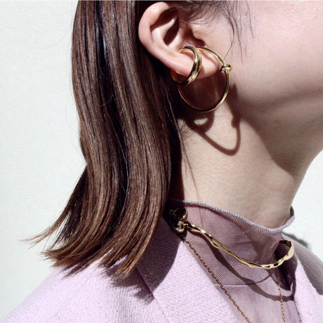 Neo coil earcuff (one color)
