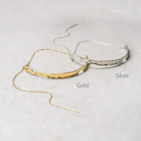 Moon surface choker (one color)