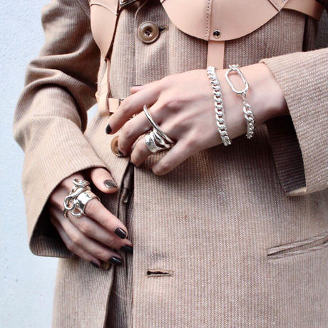Peg ring / Silver