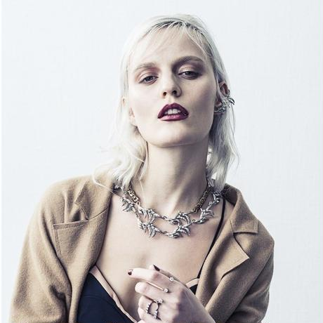 Vintage leaf chain necklace