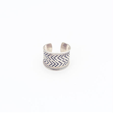 Modern tribal ring