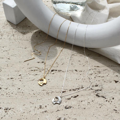 Moon surface necklace (1P/one color)