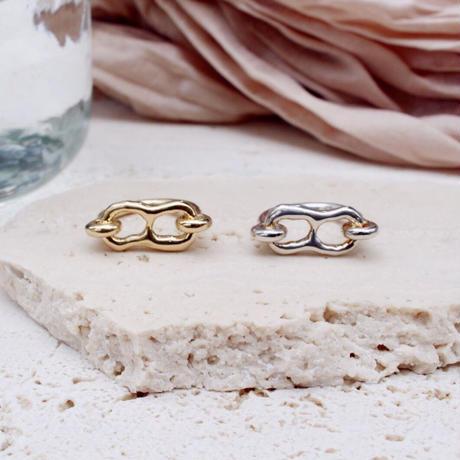 Bit motif ring