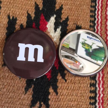 m&m's 缶バッジミラー
