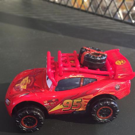 Disney Pixar Cars ディズニーピクサーマテルカーズ マックイーン