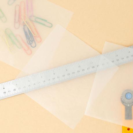 グラシン紙|白無地|折り紙サイズ|透ける 半透明薄葉紙 敷紙 ラッピングペーパー