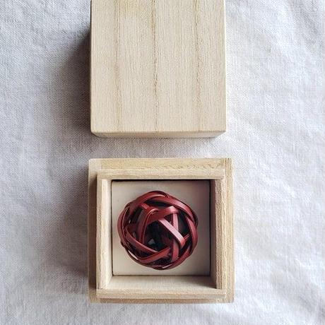 【職人によるハンドメイドの一点物】竹のかみどめ(深紅)
