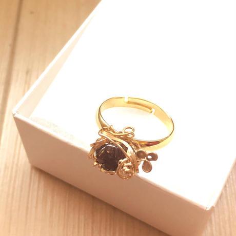 日本産レインボーガーネットの指輪