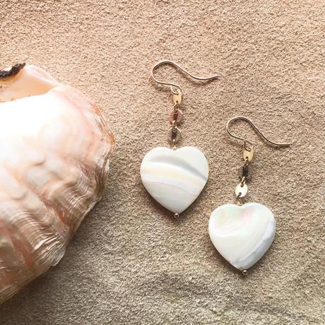 14KGF Heart White Shell Earrings
