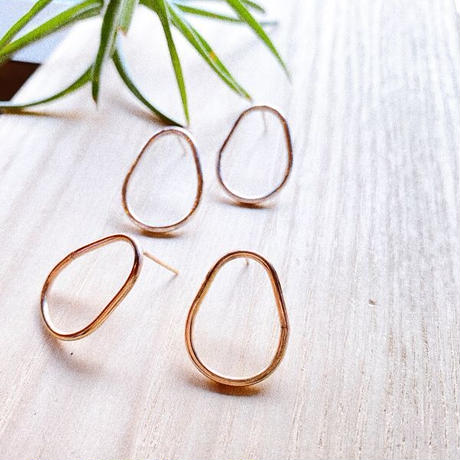 SVF Oval Studs Earrings