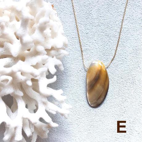 """【受注後製作】14KGF Carameliser Shiny Color Shell Necklace """"E"""""""
