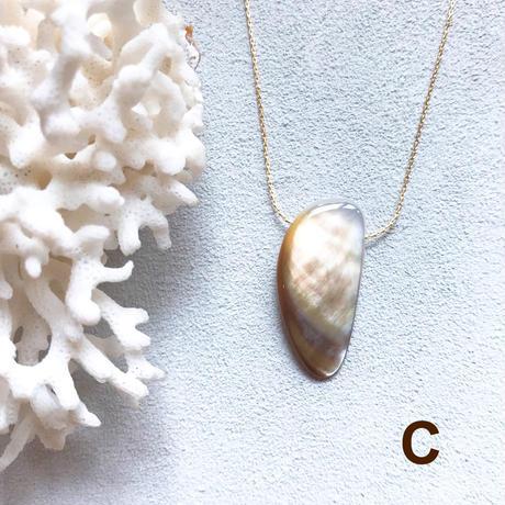 """【受注後製作】14KGF Carameliser Shiny Color Shell Necklace """"C"""""""