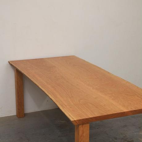 C133 チェリー材耳つき2枚はぎテーブル