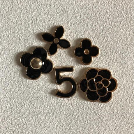 5af7ac4550bbc34e40000e6b