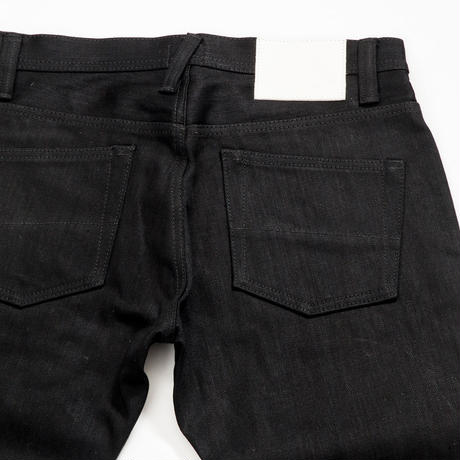 Basic Straight Jeans - Black x Black -