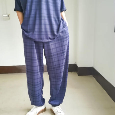 SHUTTLE  /  LOOSE PANTS / check