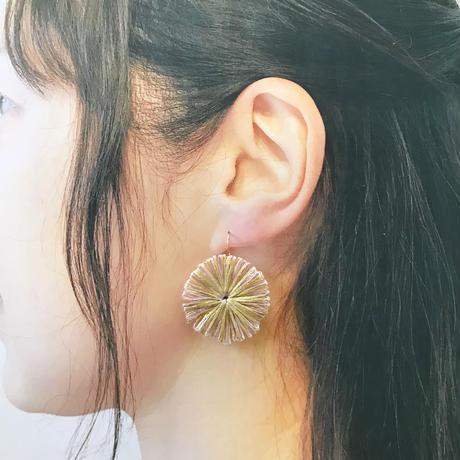 HIKARI 大粒フックピアス / pink beige
