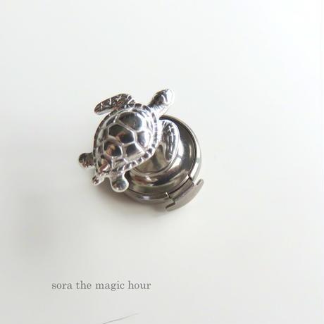 アオウミガメ ピン タイピン ピンブローチ green turtle pin