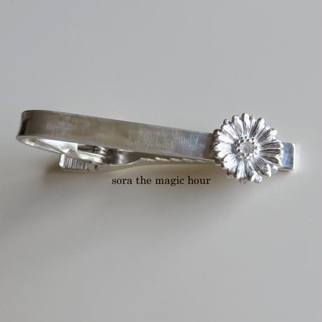 ガーベラタイピン クリップタイプ Mサイズ 花言葉「希望」「前向き」11月誕生花 Silver925 【受注生産】