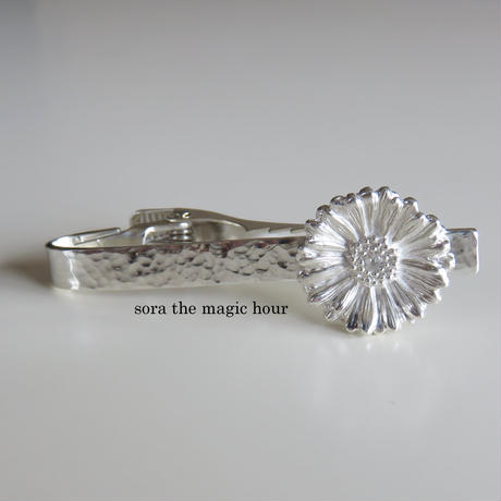 ガーベラタイピン クリップタイプ  Lサイズ 花言葉「希望」「前向き」11月誕生花 Silver925 【受注生産】
