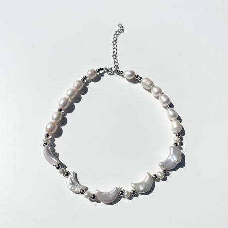 moon pearl choker