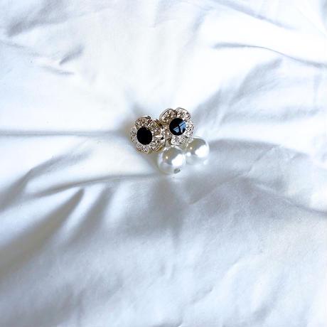mini flower button × pearl