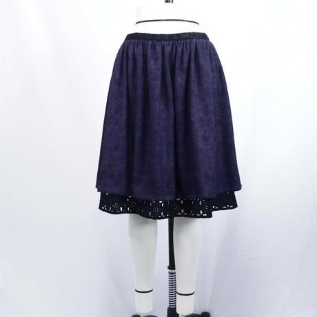 【上品な光沢感があるツイード】ローウエストギャザースカート (ネイビー) B31