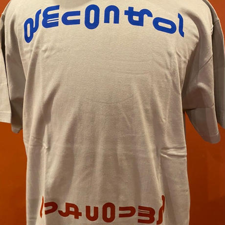 DECONTROL T-shirts silver gray /Red.Blue
