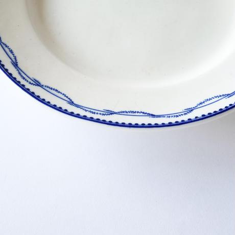 [TOURNAI] 細い葉の柄皿   (PL2)    1枚