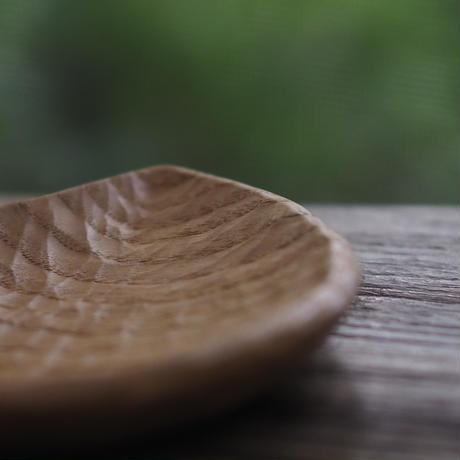 小皿/しずく (材/くり)