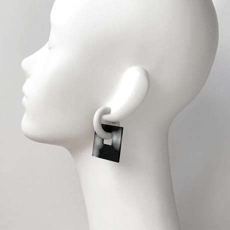 acrylic【スクエア大 3D ブラック ビッグドット】GUM EARRING parts アクリリック 坂雅子