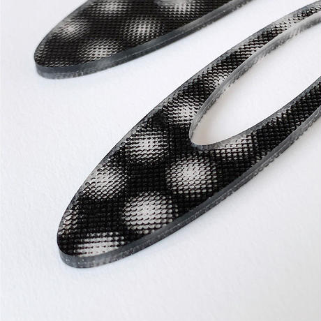 acrylic【ロングオーバル  3D ブラック スモールドット】GUM EARRING parts アクリリック 坂雅子